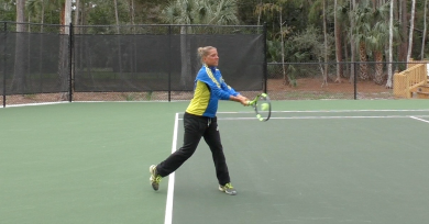 how to improve your one and two handed backhand